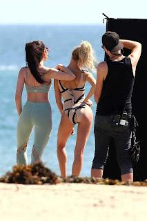 Hailey-Baldwin-in-Swimsuit-502+%7E+SexyCelebs.in+Exclusive.jpg