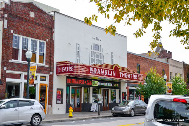 Frankin_Theature_during_A_tour_through_Franklin,_Tennessee _via_Funky_Junk_Interiors
