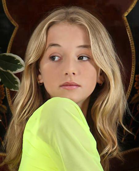 CurtNewburyStudio Felicity-Model.Net Guest Model Naomi