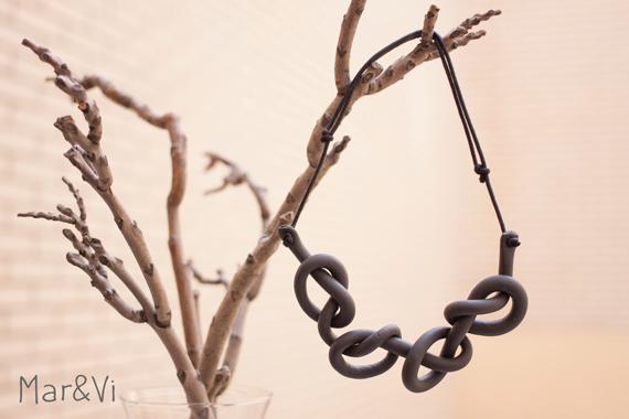 original collar de nudos hecho con pasta fimo