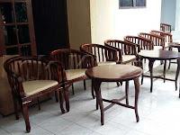 Meja-dan-Kursi-Betawi-03