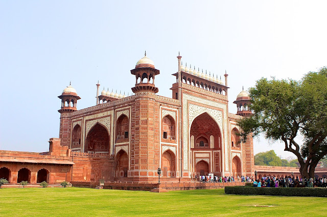 Travel Diaries: Agra and Delhi  image