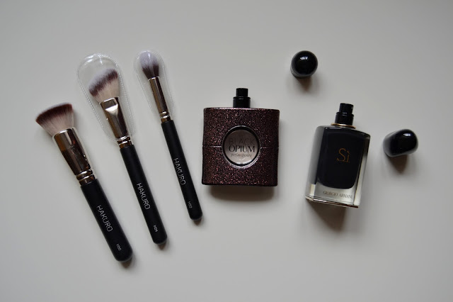 Profesjonalne pędzle do makijażu – Hakuro || Professional makeup brushes – Hakuro