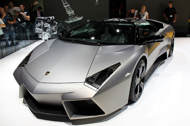 Amazing facts about super cars in Hindi