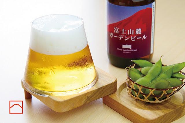 外国人旅行者にオススメ?日本の面白いデザインの商品7選【i】 富士山を模した美しい江戸切子のグラス