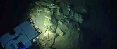 Penemuan emas di dasar laut