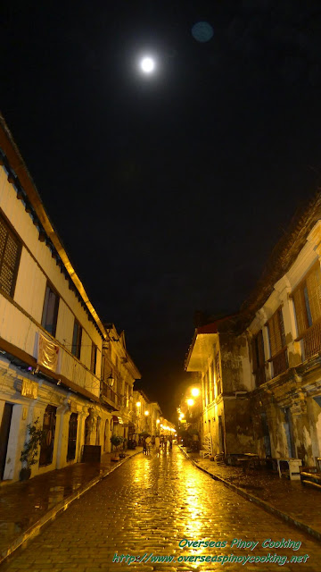 Calle Crisologo on a Drizzy Full Moon Night