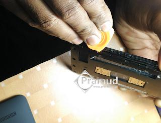 cara melepas casing baterai asus zenfone 5 indonesia - pramud blog