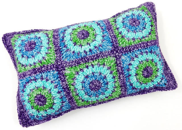 free crochet pattern cushion cover