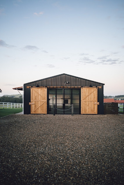 BARN WEDDING VENUE ACCOMMODATION PROPERTY HIRE COASTAL
