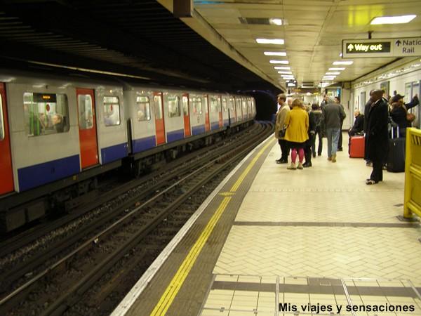 Metro en Londres, Tube
