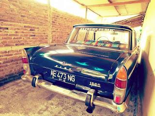 Barangkali Ada Yang Minat Sedan Tua Fiat 1800