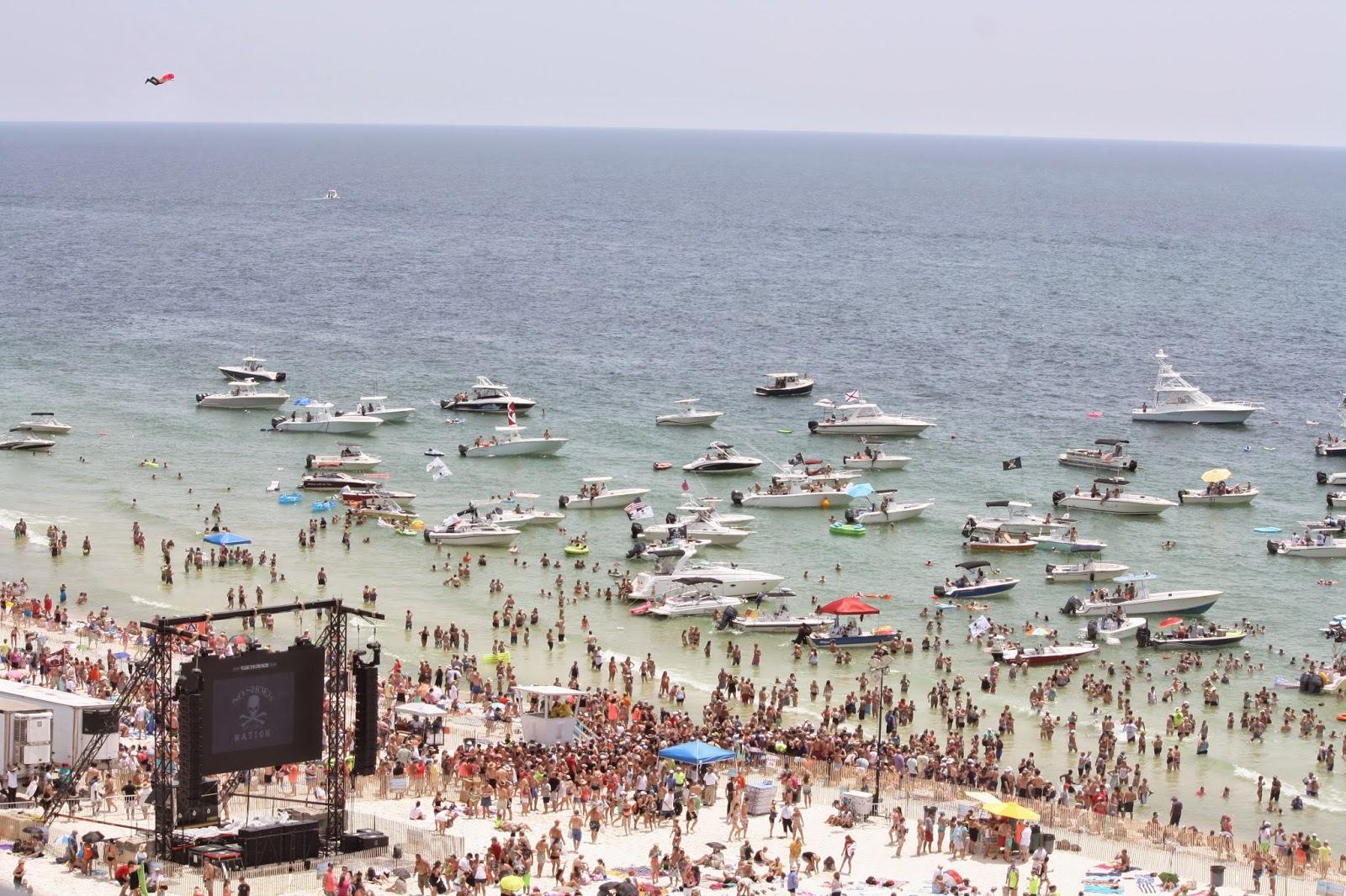 Coastal Charm: Show and Share No.226 and Flora-Bama Jama