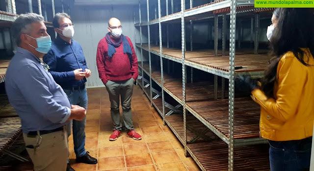 El Cabildo financia la puesta en marcha de la cámara de maduración de Gasam para respaldar al sector quesero de la isla