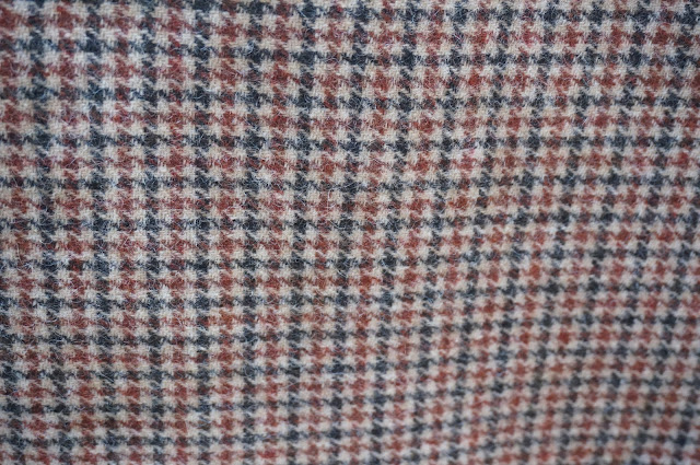 wool houndstooth dogtooth fabrictissu vintage