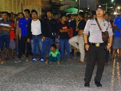 Bertahan 13 Dalam Rumah, Istri Terduga Teroris Sibolga, Abu Hamzah Ledakkan Diri