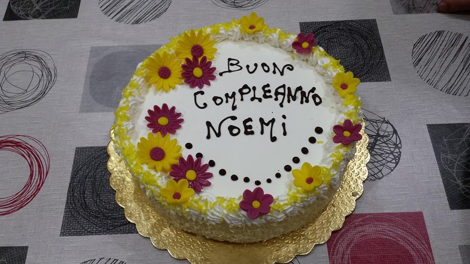 Torta Compleanno Noemi.Passione Torte Torta Compleanno Noemi