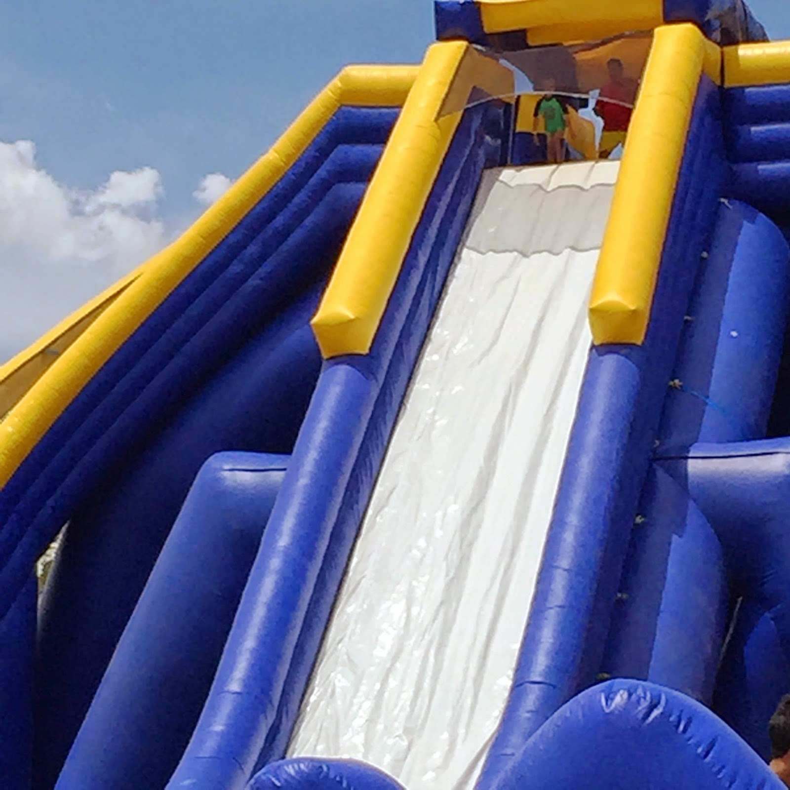Tallest Inflatable Water Slide In The World: My Little Drummer Boys: Wordless Wednesday : World's