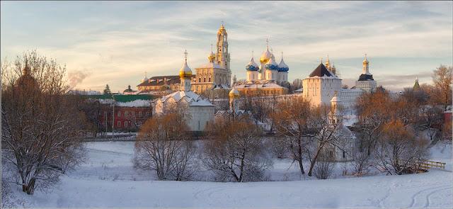 Сергиев Посад возглавляет топ-10 самых популярных у туристов городов Подмосковья