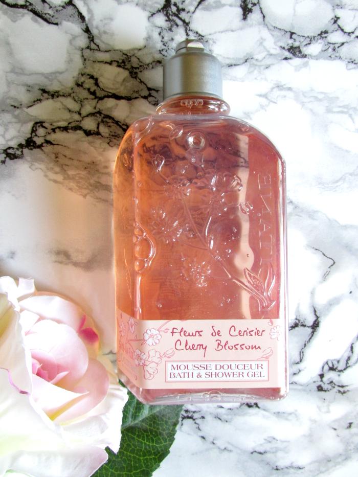 7 Summer Beauty Favorites - L´Occitane Fleurs de Cerisier Duschgel Kirschblüte - 250ml - 14.50 Euro