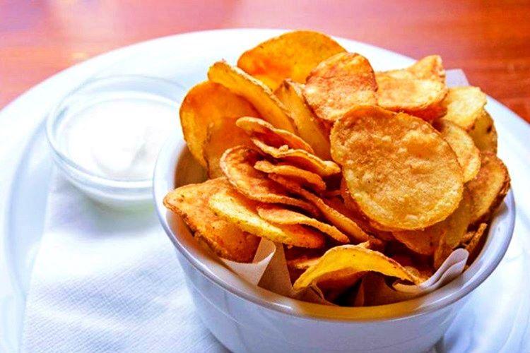 Avustralya ve Yeni Zelanda gibi ülkelerde Fransız usülleri kullanılarak kızartılan patateslere Crips adı verilmektedir.