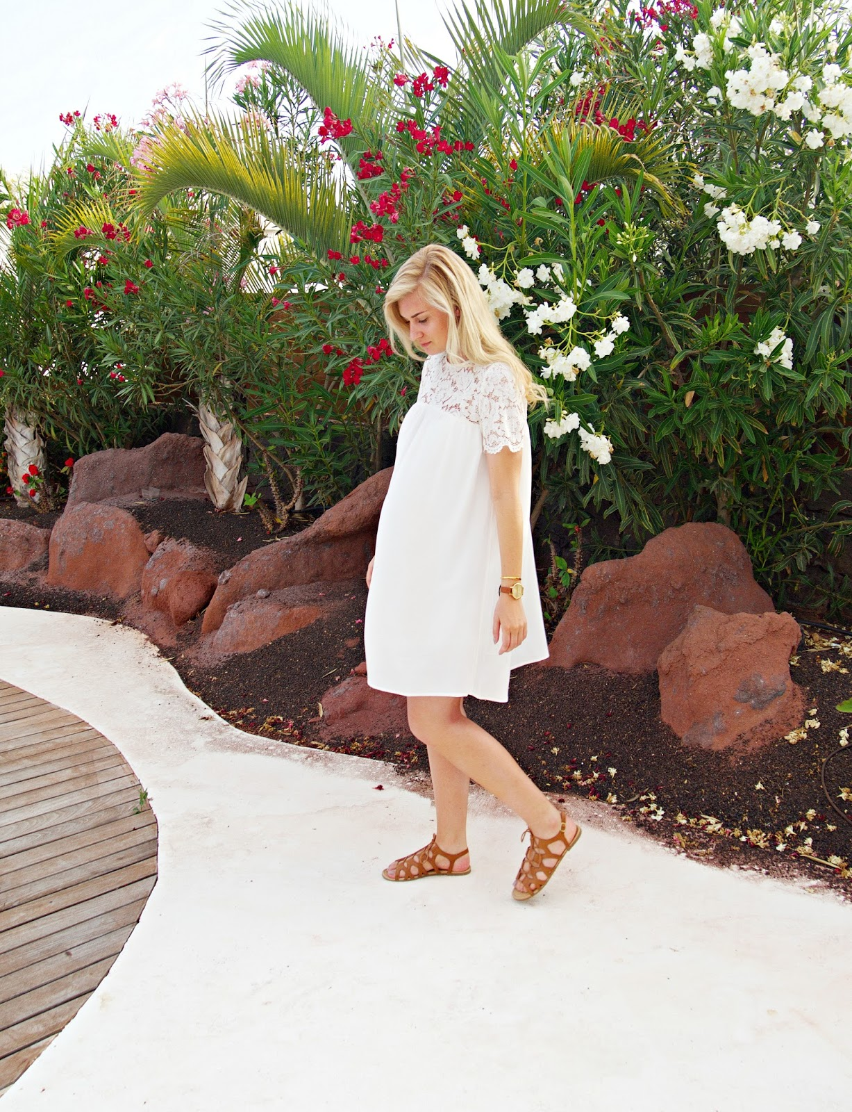 Summer Style white lace dress