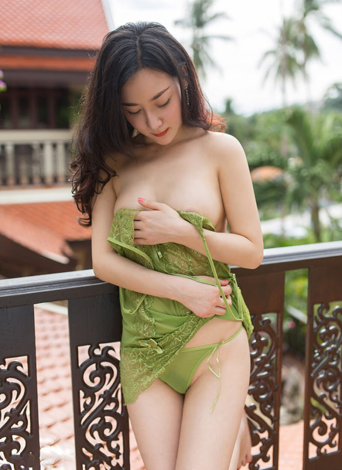 sexy asian girls nude photos 04