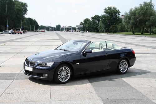 car specification bmw 325d cabrio automatic e93. Black Bedroom Furniture Sets. Home Design Ideas