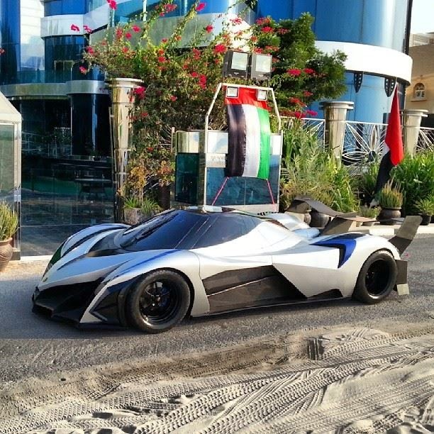 Devel Sixteen V16 With 5000hp And 560km/h Top Speed