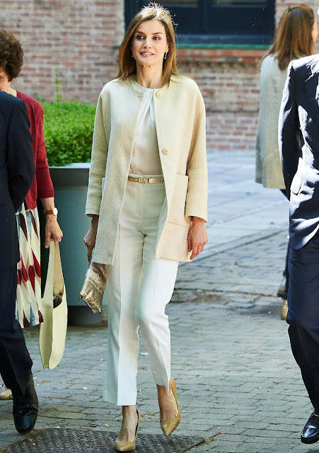 Queen Letizia  attends the annual meeting of the board of the student residence at Student Residence (Residencia de Estudiantes). Queen Letizia wears Massimo Dutti Textured Weave Linen Coat