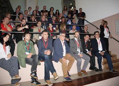 Foto de grupo durante la presentación