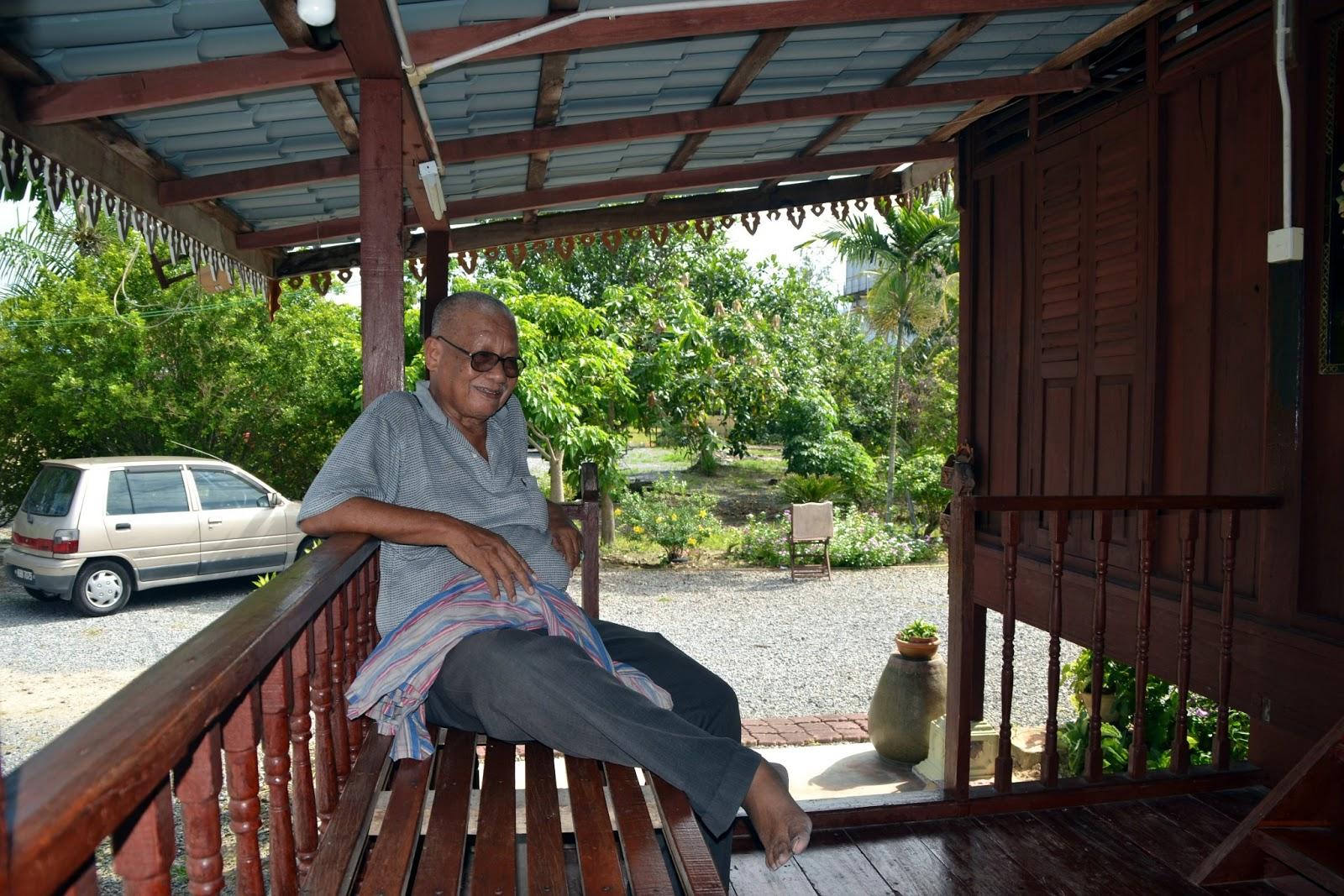 My World Homestay D Kampung Contoh Teras Rumah Bagus