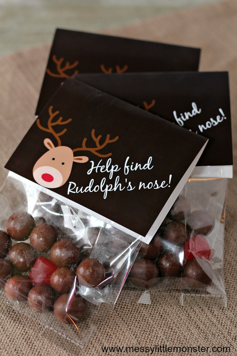 Reindeer Noses Christmas Treat Bags. Free printable labels.