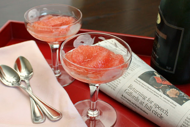 pink grapefruit with champagne