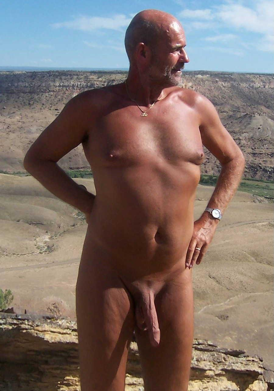 average naked men