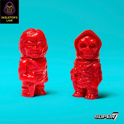 San Diego Comic-Con 2017 Exclusive Masters of the Universe Red He-Man & Skeletor Micro Vinyl Figures by Super7