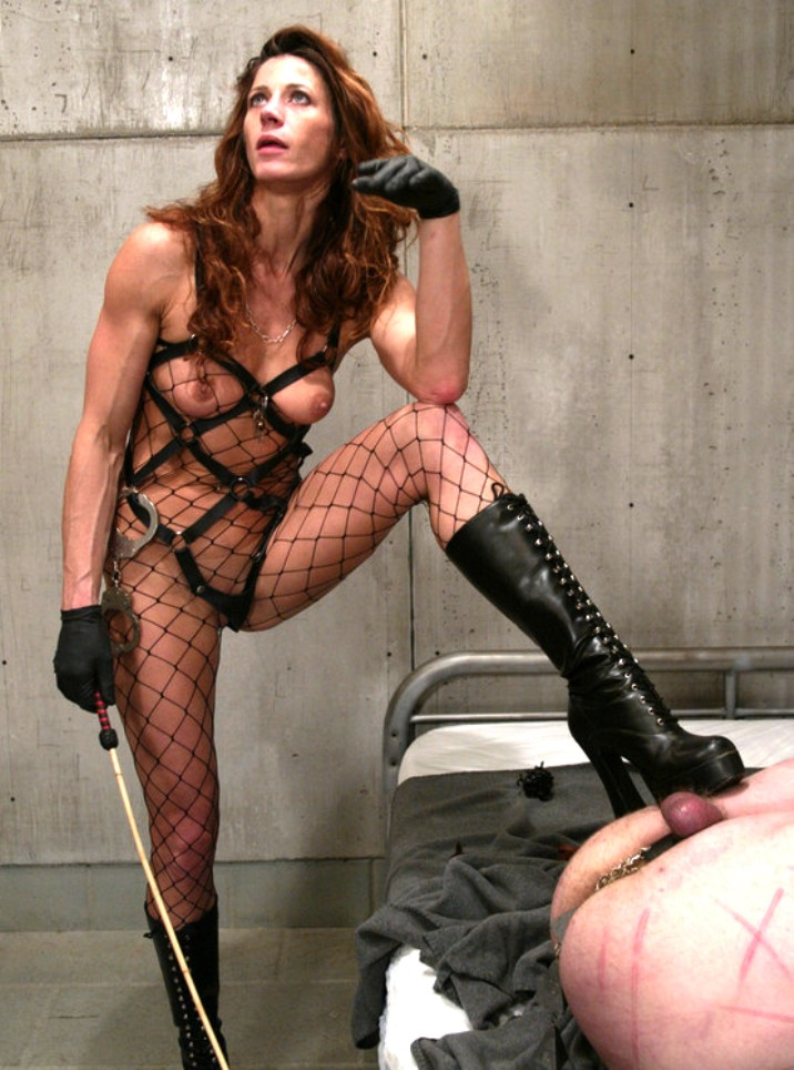 devina coxs femdom and t girl world devina s domme of the day may 28