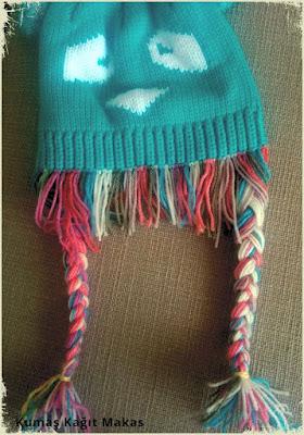 Örgülü Saçlı Şapka / Bere