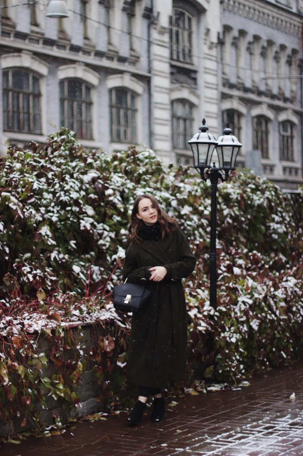 Dezzal khaki coat   Fashion blogger