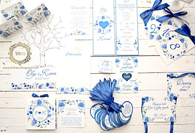 niebieski slub zaproszenie slubne dodatki weselne winietki zawieszki na alkohol Artirea