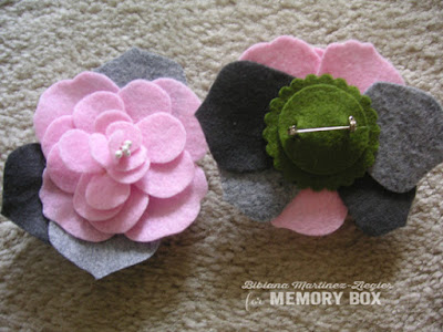 flower pins in felt back and front