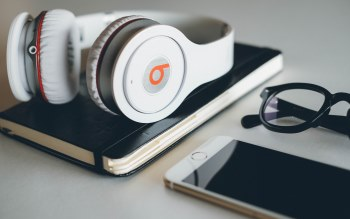 Wallpaper: Beats Headphone