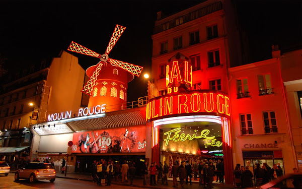 Moulin Rouge, Paris, França