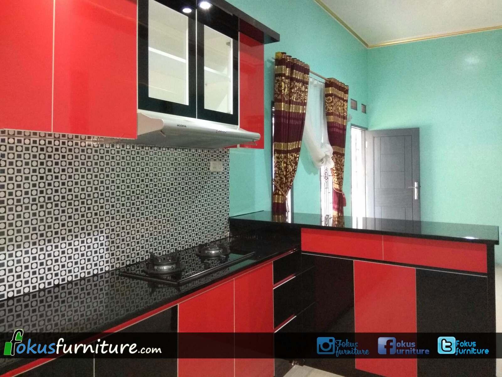 Kitchen set hitam merah