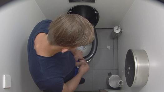 Exgirlfriend handjob getting fucked suck cock