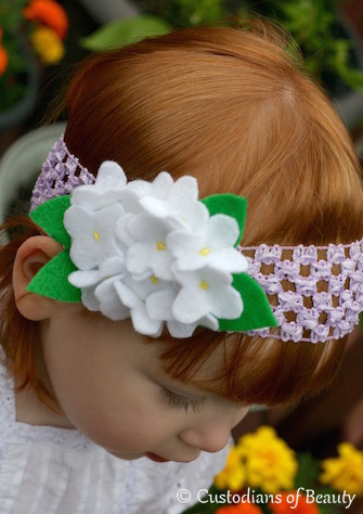 DIY Felt Hydrangea Headband | Felted Flowers | by CustodiansofBeauty.blogspot.com