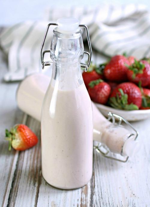 Creamy Strawberry Banana Daiquiri