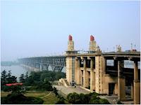 สะพานข้ามแม่น้ำแยงซี (Nanjing Changjiang Bridge)