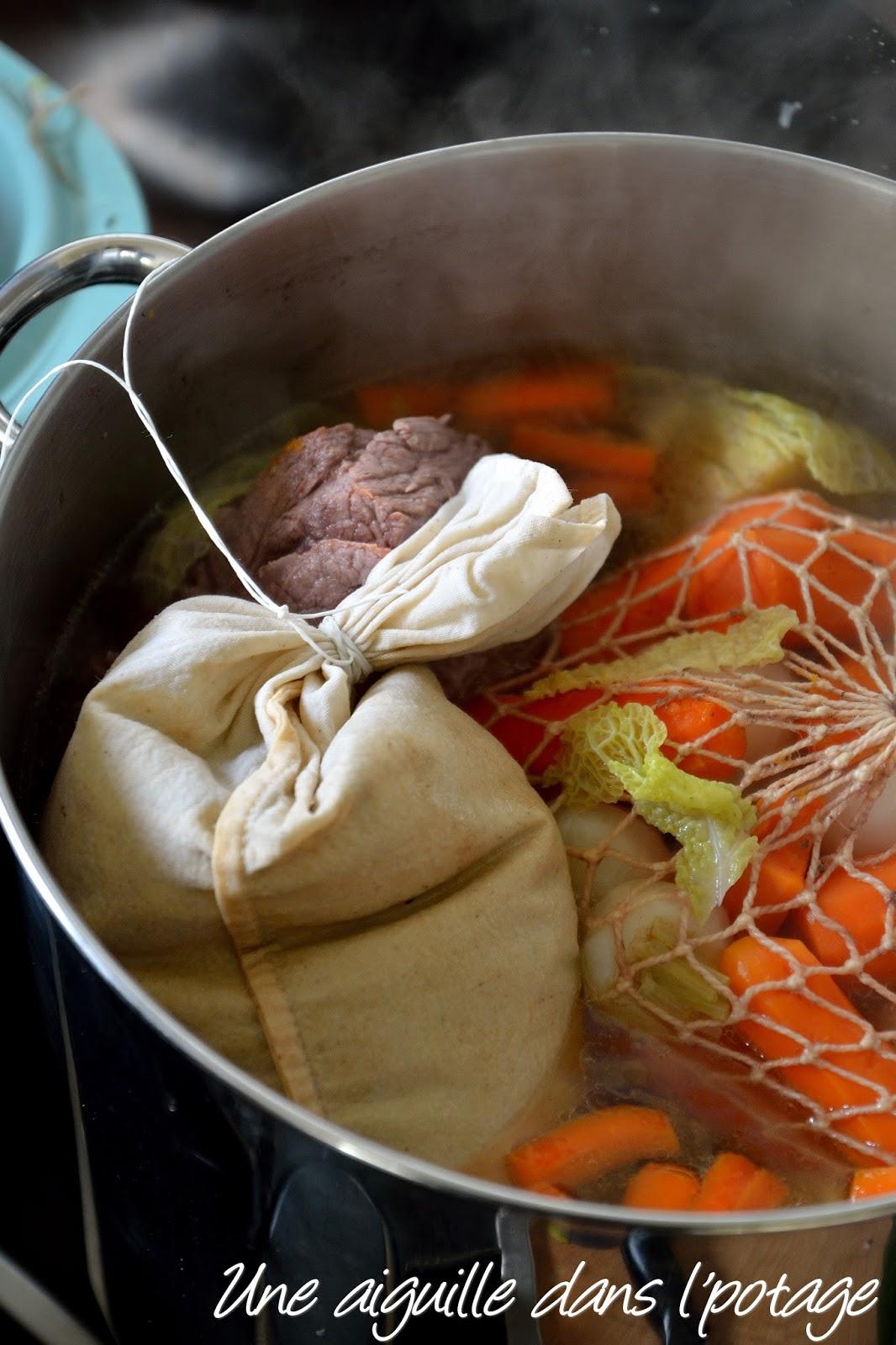 une aiguille dans l potage kig ha farz le pot au feu breton