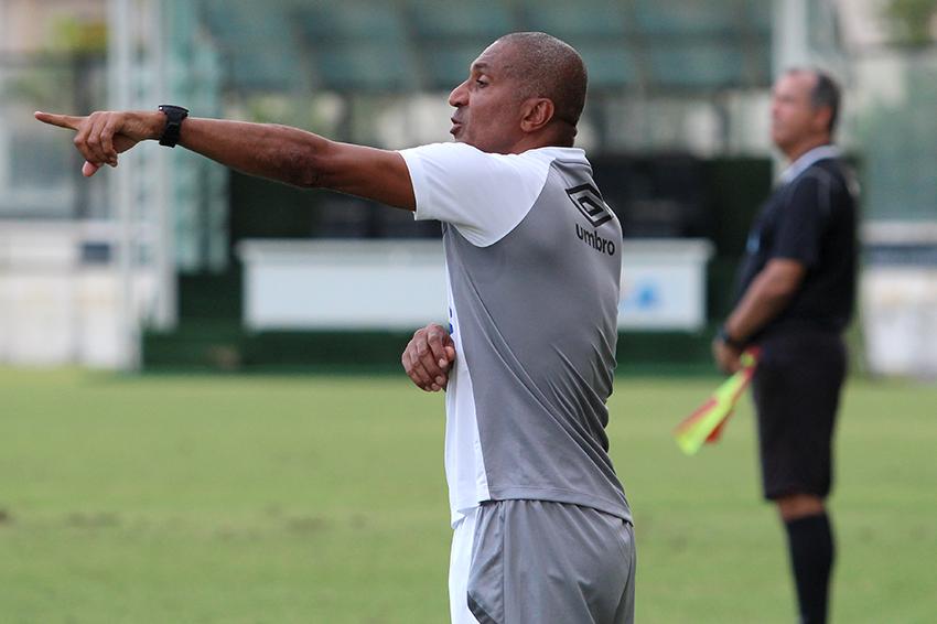 Cristóvão Borges reencontrará o Corinthians após a passagem frustrante de 2016 (foto: Thiago Moreira/Vasco)